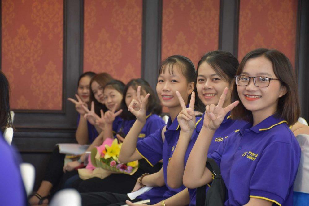 Sinh viên Phú Xuân đi thực tế tại Doanh nghiệp
